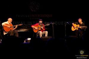 Trio playing